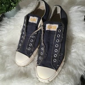 Converse All Star laceless tennis shoes 10 1/2